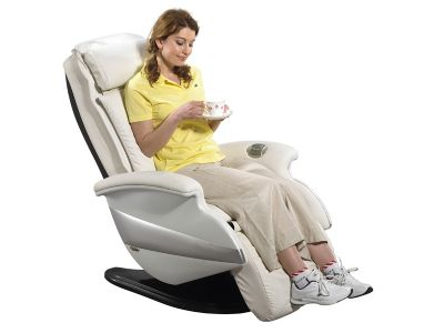 老人身体疼痛 按摩椅能缓解?